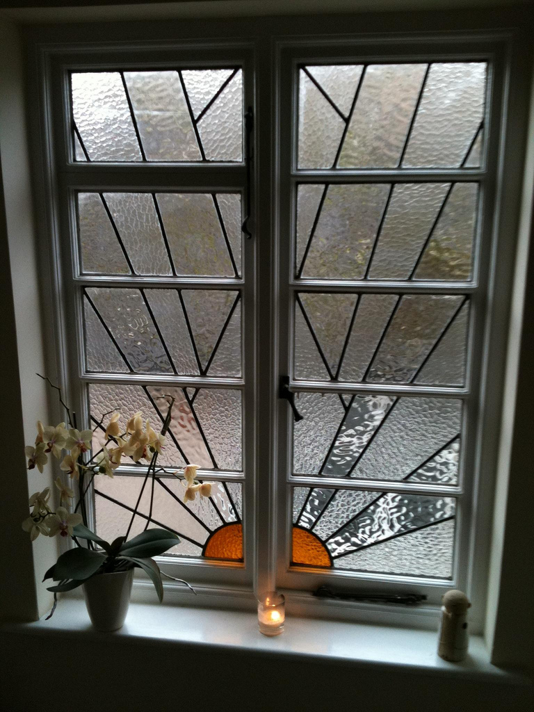 Looking after windows with leaded lights
